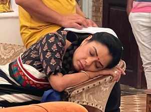 Rupali Ganguly caught taking a nap on set