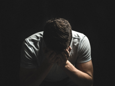 Depression: Symptoms and causes