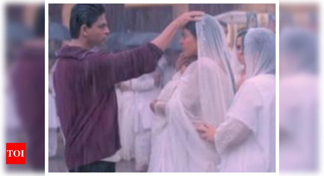 Shah Rukh Khan and Kajol's scene from 'Kabhi Khushi Kabhie Gham' triggers hilarious meme fest on Twitter – Times of India ►
