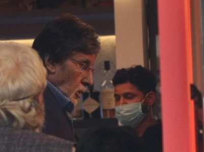 Big B gets clicked on the sets of Goodbye