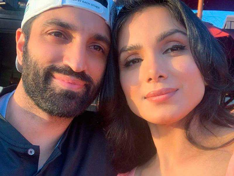 Monica Gill shares sun-kissed pictures with fiance Gurshawan