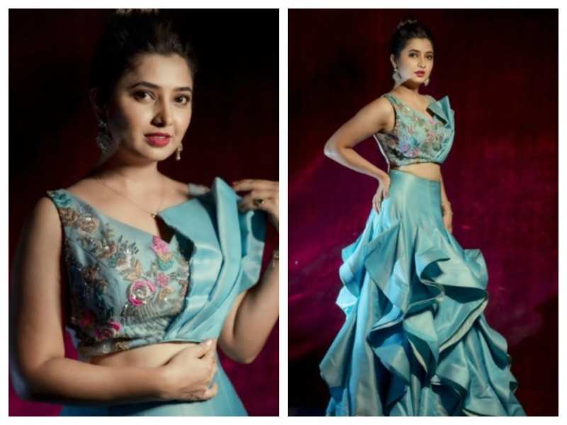 Prajakta Mali is a sight for sore eyes in this stunning designer Indo-western outfit; see pics