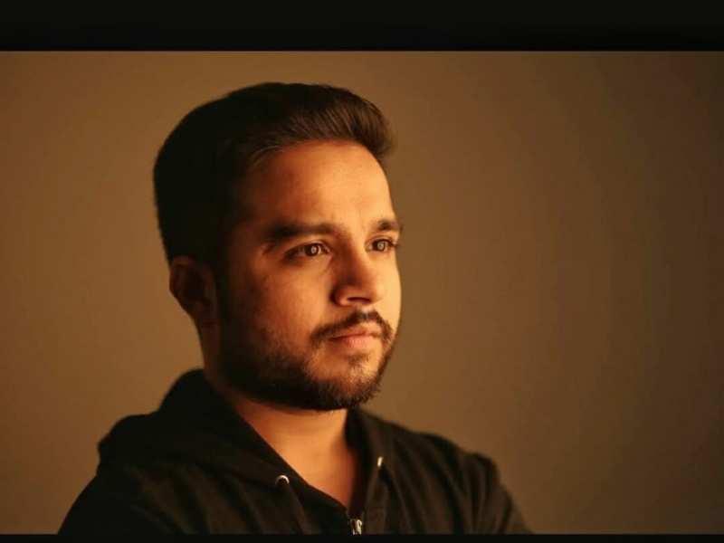 Hardik Sangani turns writer for his next