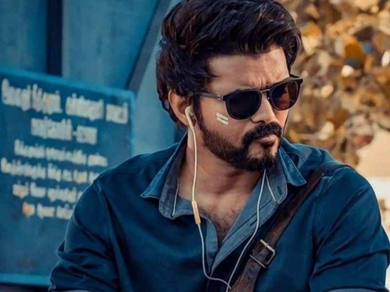 'Pokkiri' style opening scene planned for Vijay in 'Beast'