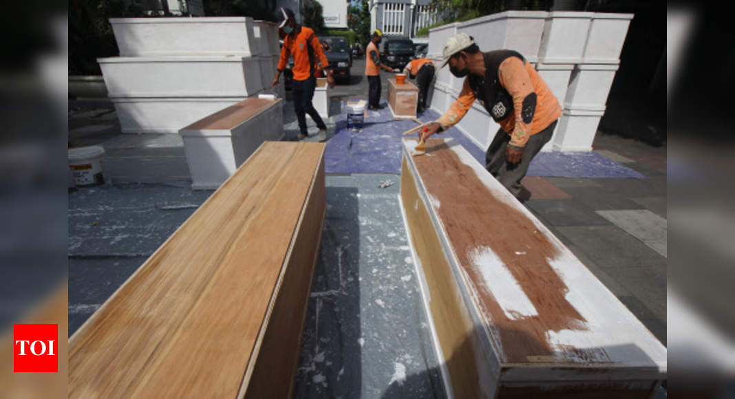 Indonesia Records Highest Daily Peak of 27,913 New Covid-19 Cases