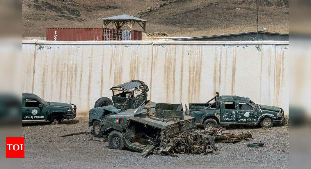 Taliban take districts in NE Afghanistan from fleeing troops – Times of India