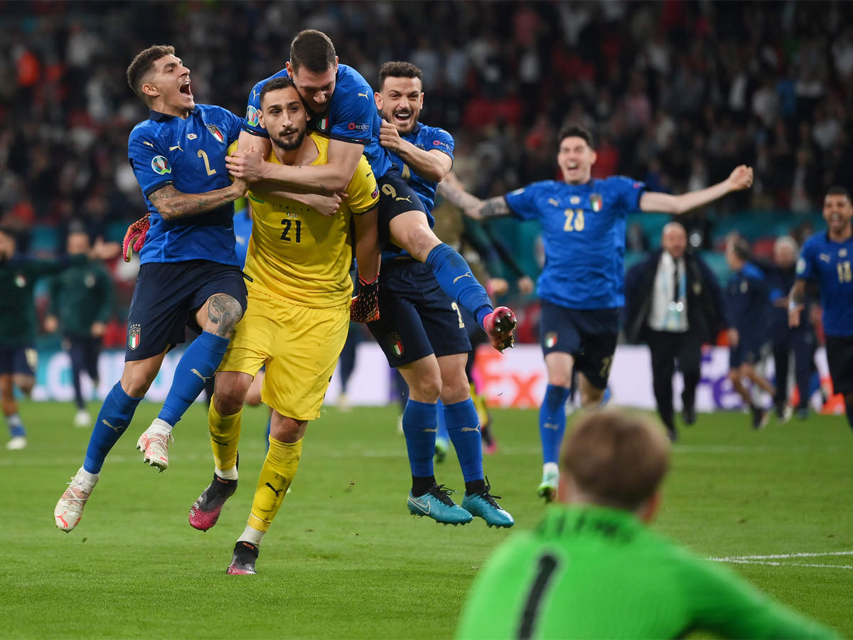 UEFA EURO 2020, Italy vs England Highlights: Italy beat England on  penalties to win second European Championship title - The Times of India