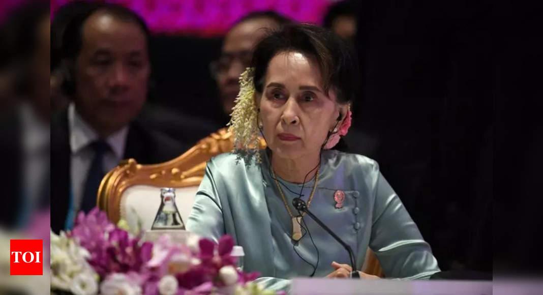 Myanmar junta hits San Suu Kyi with more corruption charges thumbnail
