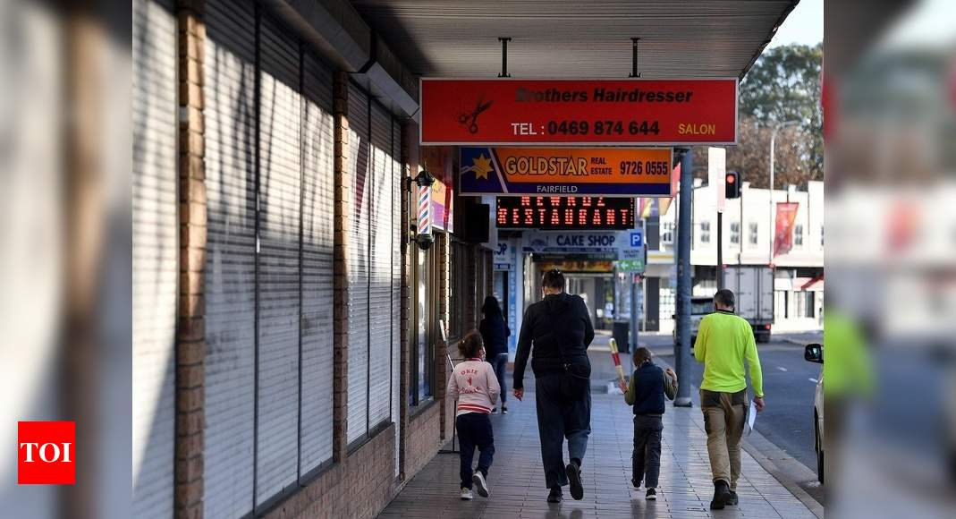 Oz extends Sydney lockdown as outbreak nears 900 infections thumbnail
