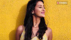 Pooja Jhaveri looks adorable in a yellow floral maxi dress
