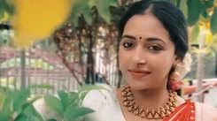 Anu Sithara looks drop-dead gorgeous in a Banarasi saree