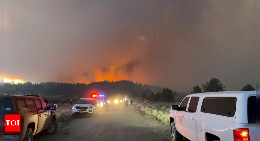 Oregon Wildfire: Erratic Oregon wildfire keeps exploding, confounding crews | World News – Times of India
