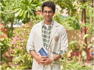 Ayushmann's first look from 'Doctor G'