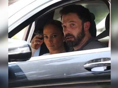 JLo takes kids along on house hunting with Ben