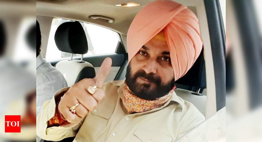 Navjot Singh Sidhu: Congress snubs objections by Captain Amarinder Singh & netas, appoints Navjot Singh Sidhu Punjab Congress chief | India News – Times of India