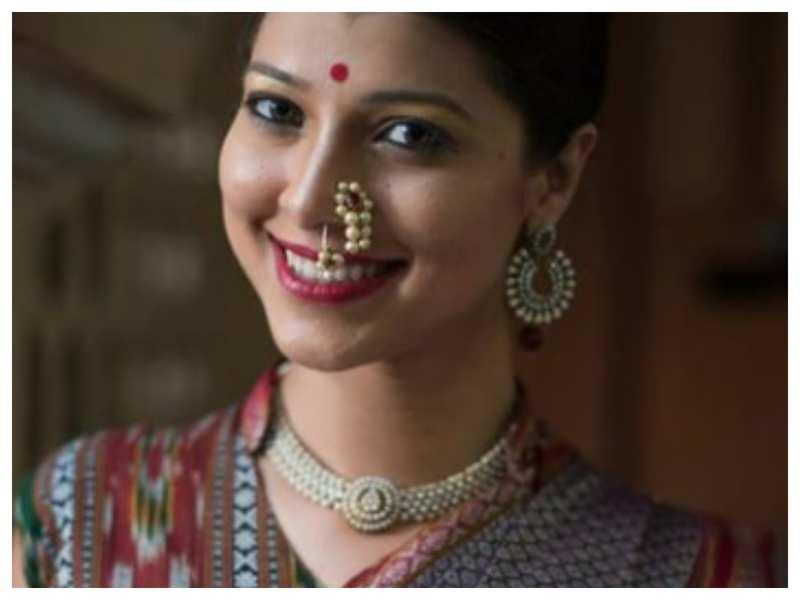 Tejaswini Pandit looks breathtakingly beautiful in this stunning saree; take a look!