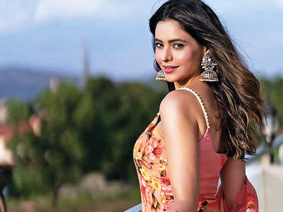 Aamna: This Eid, I want everyone to be safe
