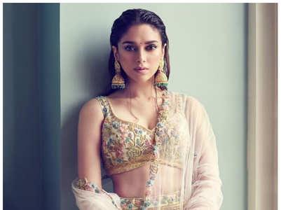 Best ethnic looks of Aditi Rao Hydari