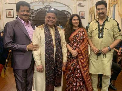 Dipika Chikhlia felicitated by Maha. Governor