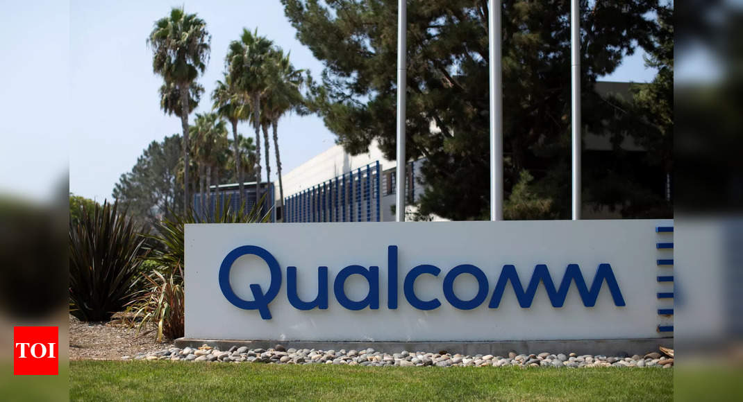 Qualcomm to make new Snapdragon Wear chipsets for smartwatches – Times of India