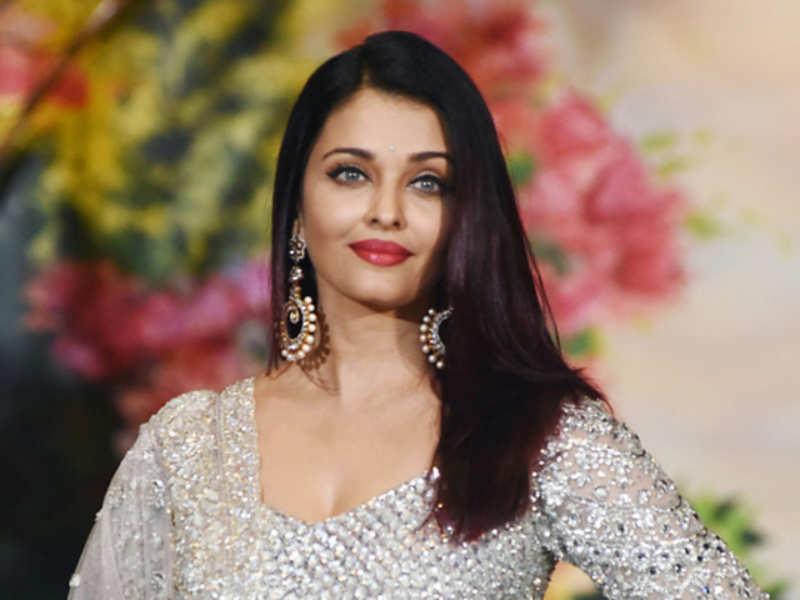 Aishwarya Rai joins Mani Ratnam's Ponniyin Selvan shooting