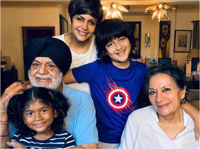 Mandira shares family pic; feels grateful