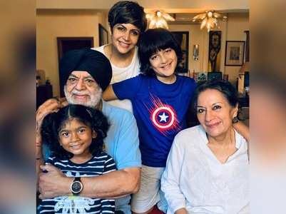 Mandira Bedi posts a pic with her family