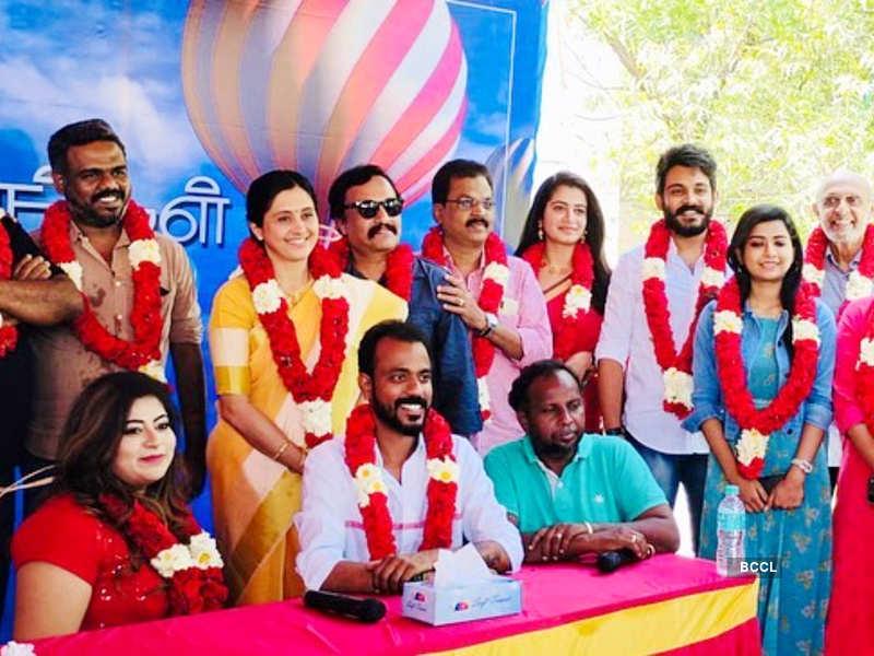 Pudhu Pudhu Arthangal crosses 100 episodes; Actors Parvathy and Niyaz Khan thank fans (Photo - Instagram)