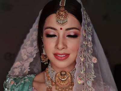 Makeup tips for monsoon brides