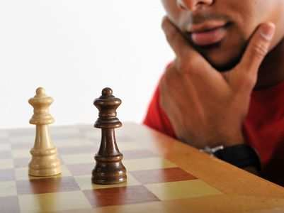 7 mind games insecure men play on women