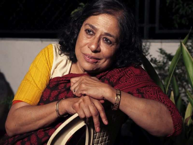 Arundhati Nag says says that artistes should reflect within themselves and think about the work they do now