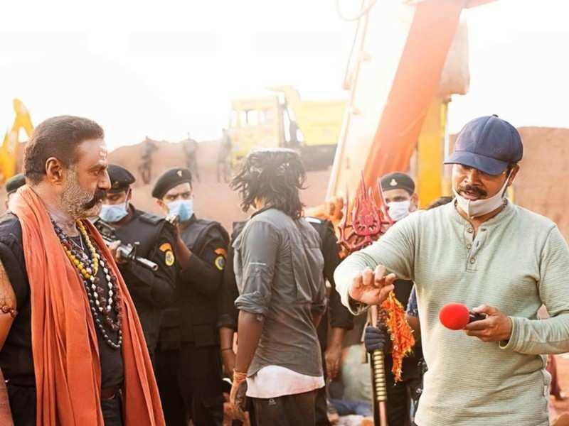 Climax shoot of Nandamuri Balakrishna and Pragya Jaiswal starrer Akhanda in progress