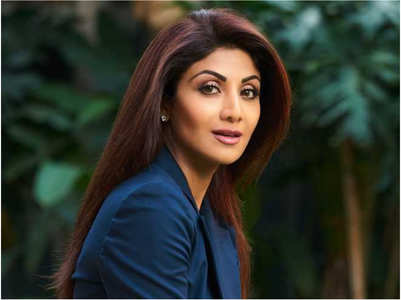 Shilpa urges fans to watch her upcoming film