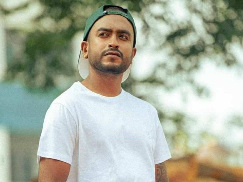 Raghu Gowda teams up with TV show co-contestant Rajeev Hanu for a film