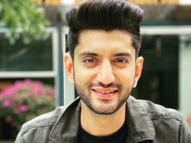 My father is my guru; he is my constant support and guide in life, says Kunal Jaisingh on the occasion of #GuruPurnima today