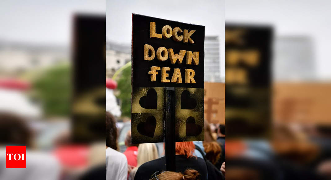 Covid-19: Six people arrested in London during anti-lockdown protest – Times of India