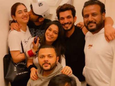 Rahul-Disha hangout with Arjun Bijlani