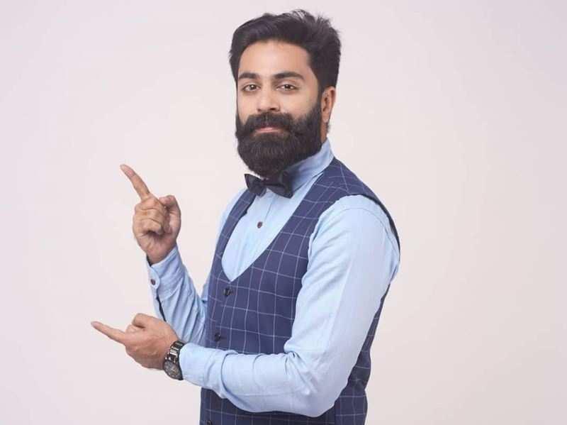 Govind Padmasoorya is back as TV anchor, to host interactive bidding show Bzinga