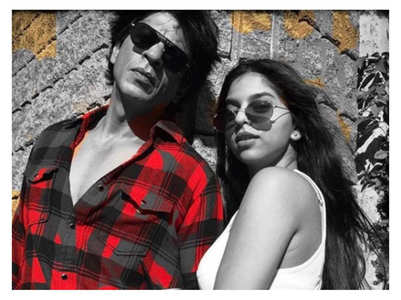 SRK comments on Suhana's Insta post
