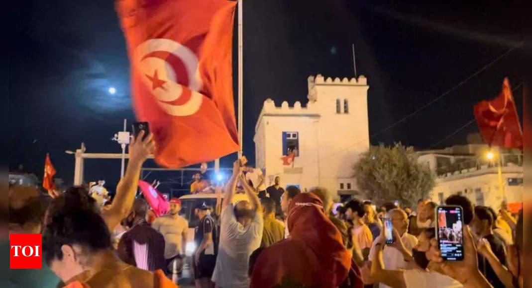 Tunisian president suspends parliament, dismisses PM – Times of India