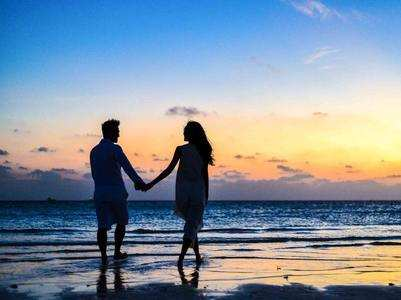 Signs that indicate you are having an emotional affair