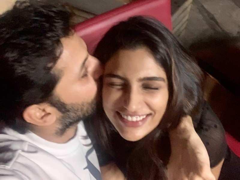 Nithiin's sweet message for his wife Shalini Kandukuri on their first anniversary