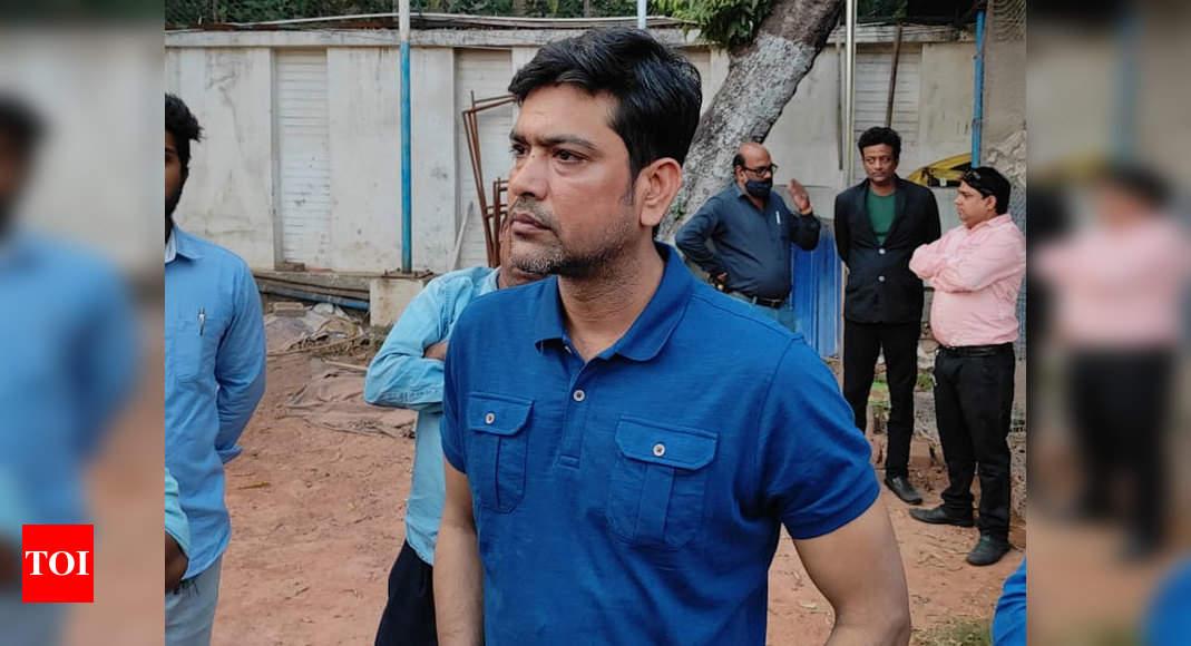 No long hairs, stay away from social media: Bengal U-23 coach Laxmi Ratan Shukla tells his wards | Cricket News – Times of India