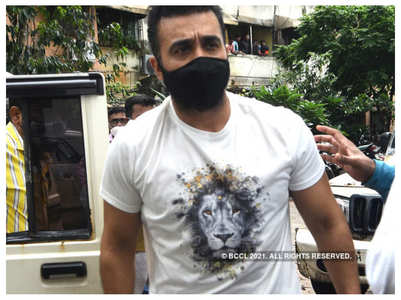 Kundra's employees asked to delete porn clips