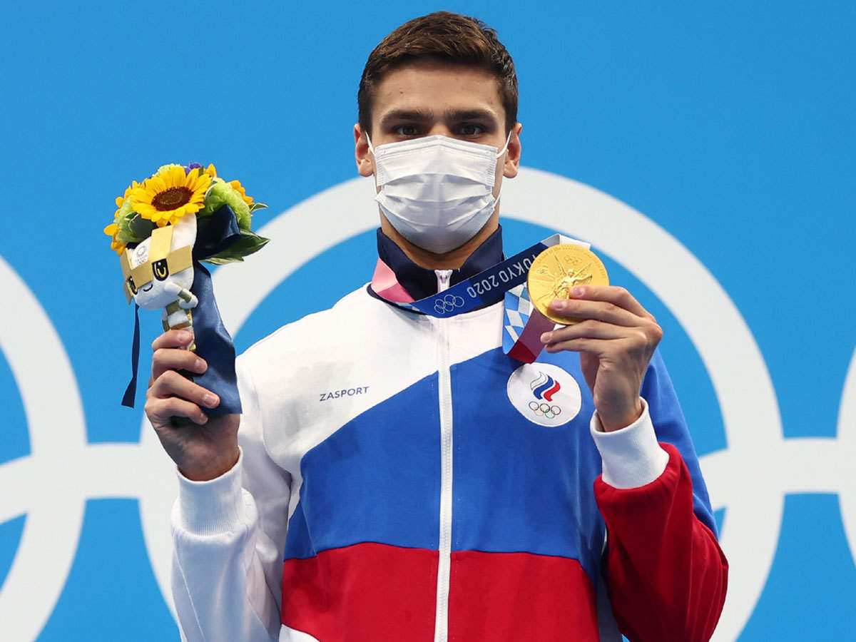 Tokyo Olympics 2020: Evgeny Rylov wins gold in men's 100m backstroke to end  American streak   Tokyo Olympics News - Times of India