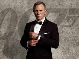 Did you know Daniel Craig auditioned for Aamir Khan's 'Rang De Basanti', but backed out because of 'James Bond'?