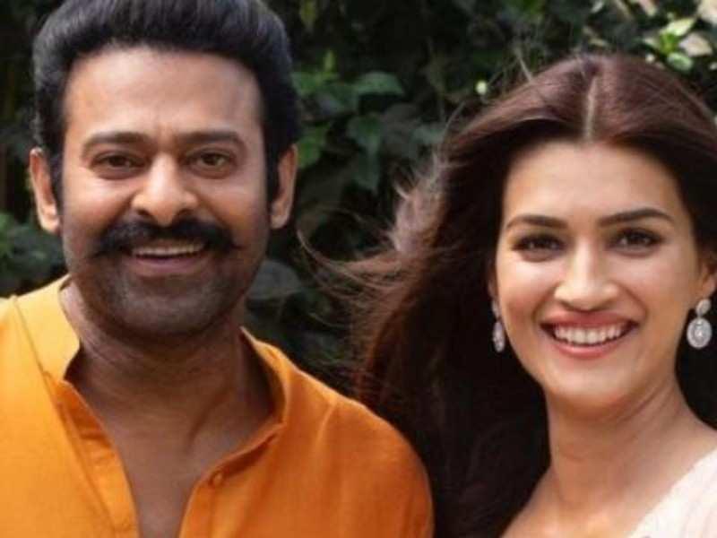 Prabhas wishes Adipurush co-star Kriti Sanon on her birthday