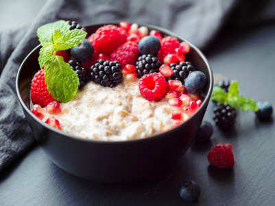 Can you gain weight by eating oatmeal daily?