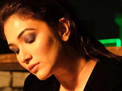 Ridhima Pandit is grace & elegance, pics