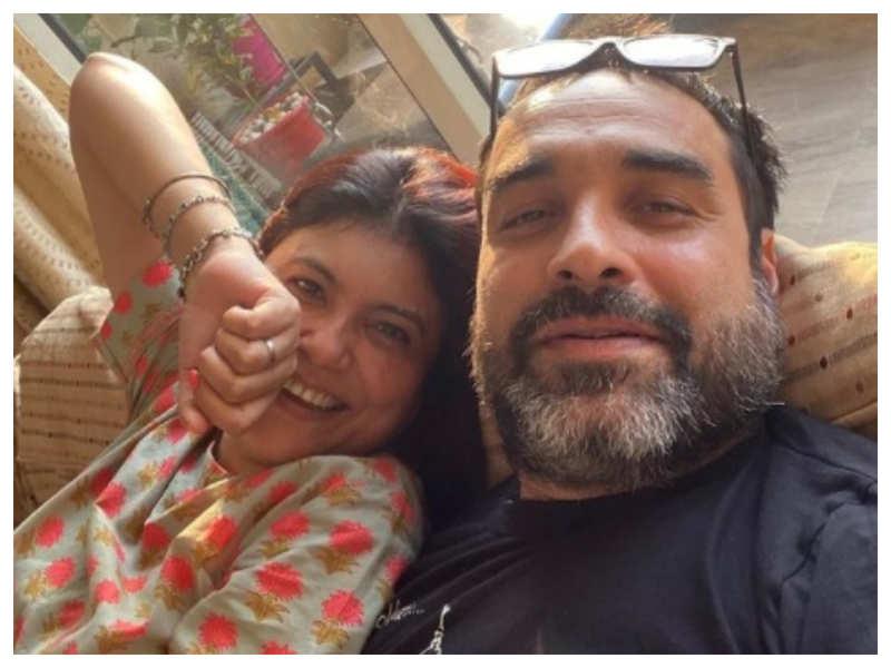 Pankaj Tripathi reveals his wife handled 'ghar ka bhaar' when he was roaming on the streets of Mumbai looking for acting jobs